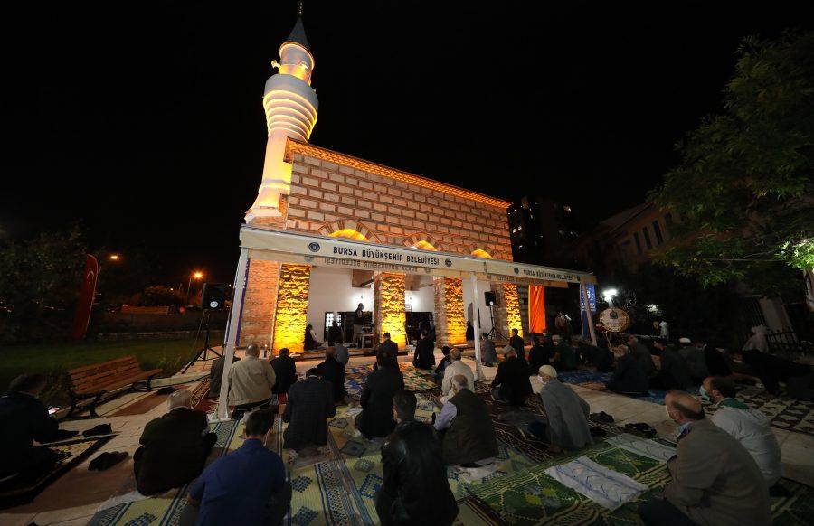 Bursa'da Kefensüzen Camii İbadete Açıldı