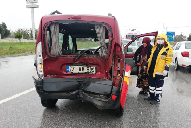 Orhangazi'de Zincirleme Trafik Kazası 1 Hafif Yaralı!