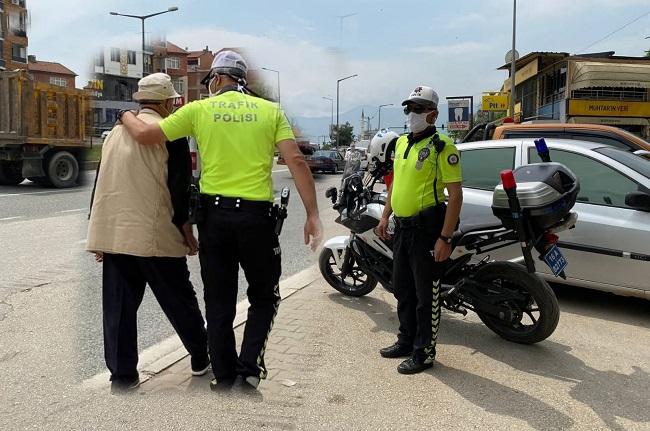 Orhangazi Polisinden Yaya Yolu Uygulaması