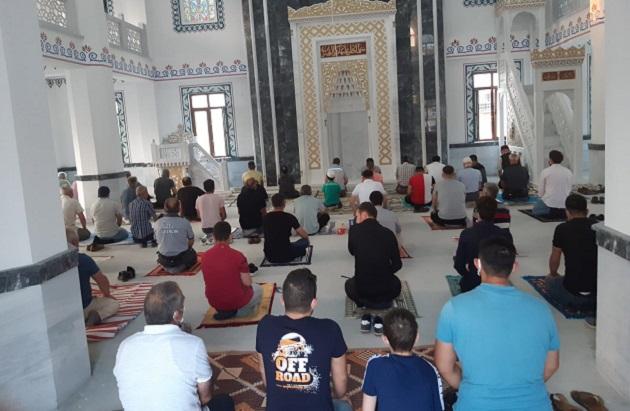 Selçuklu Camii Bayram Namazında İbadete Açıldı